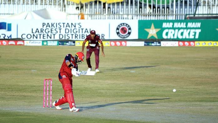 RAWALPINDI: October 17 – A view of cricket match playing between Northern and Southern Punjab (Pakistan) teams during 1st Semi-Final National T20 Cup at Pindi Cricket Stadium. APP photo by Abid Zia