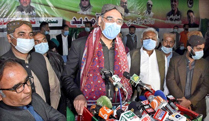 PTI gov't prioritizes provision of basic facilities to people: Asad Umar