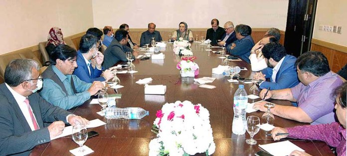 LAHORE: November 10 - Special Assistant to Punjab Chief Minister Dr. Firdous Ashifq Awan chairing a meeting with different bureau chiefs of TV channels. APP