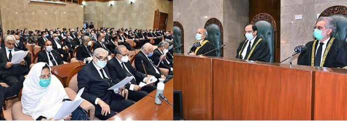 ISLAMABAD: November 04 - Hon'ble Chief Justice of Pakistan Justice Gulzar Ahmed presiding over Full Court Reference on the eve of retirement of Hon'ble Justice Faisal Arab at Supreme Court of Pakistan. APP
