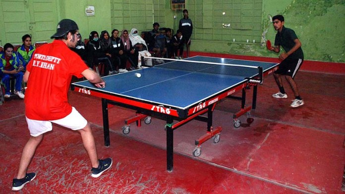 A view of table tennis match between Bahawalpur and Rahimyar Khan teams during Commissioner Cup Sports Gala 2020