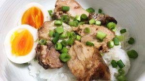 【業務スーパー】リピ確定の美味しさでコスパ最強!! 大人気お惣菜「やわらか豚煮」食べてみた!
