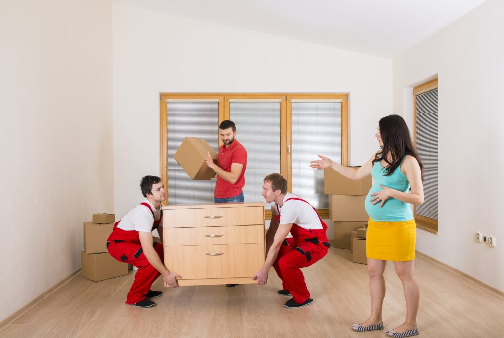 List of the Services Provided by a Full-Time Packing & Moving Business