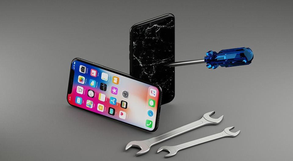 Fix it, don't change it: Uber for iPhone repair