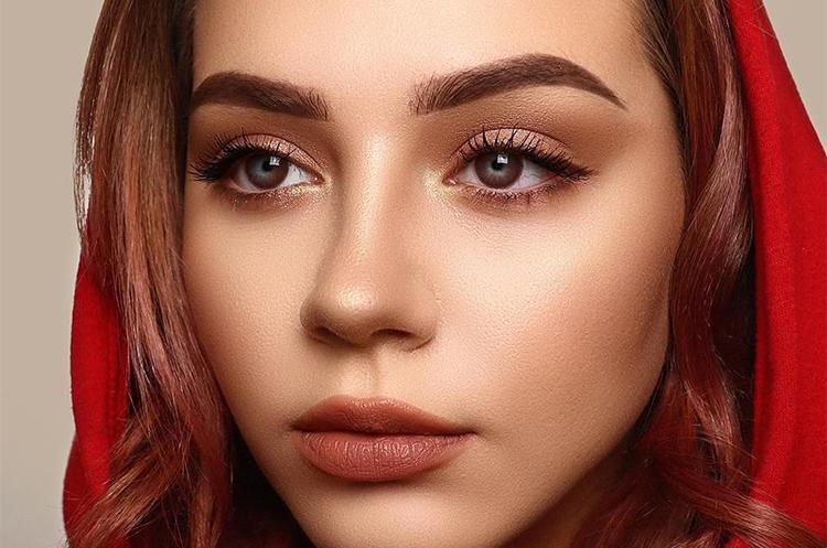 How to Choose Colour Contact Lenses