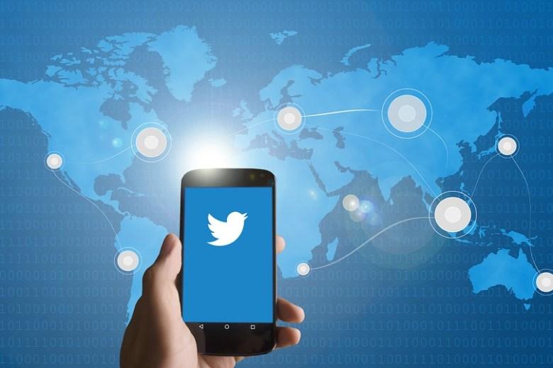 Integrate Twitter