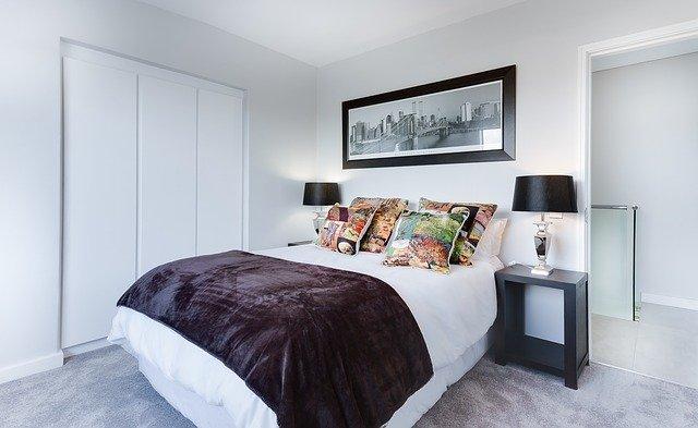 bedroom cleaner