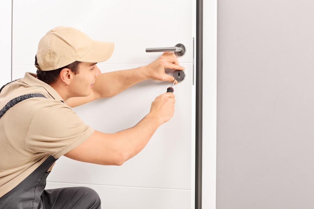 Reasons Behind Emergency Locksmith Service Requirements