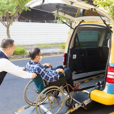 wheelchair taxi service app