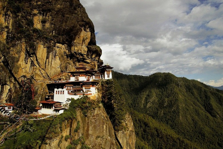 travel india to bhutan