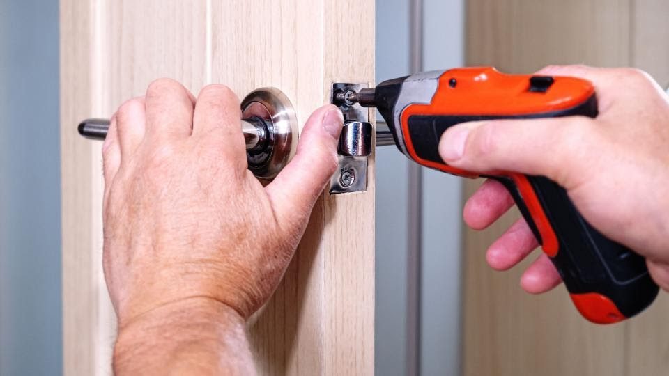 Some Tips on how to effectively Use a Cordless Screwdriver