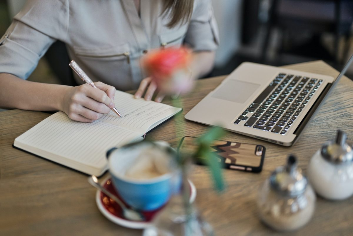 7 Effective Ways to Improve Your Creative Writing Skills