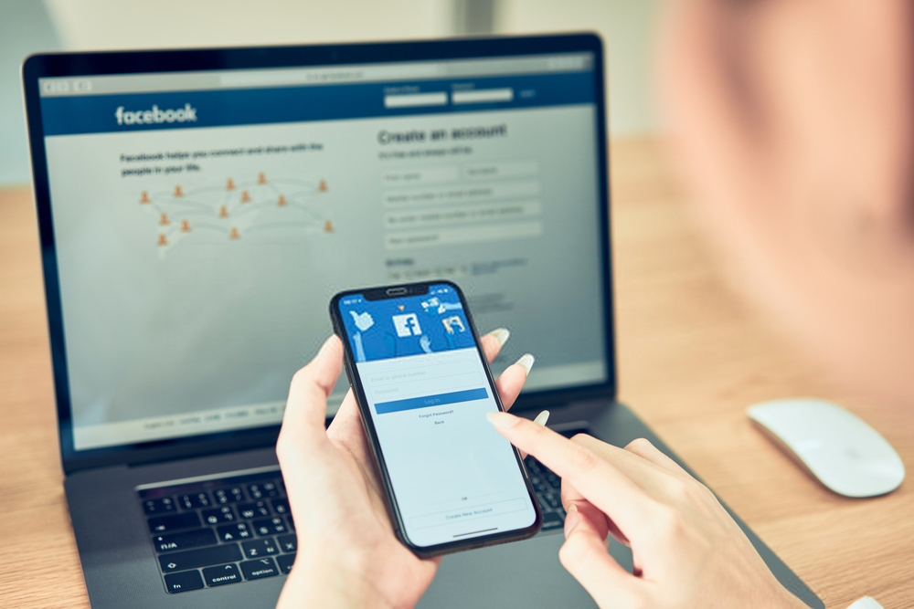Logout from Facebook With Special Facebook Messenger Instructions