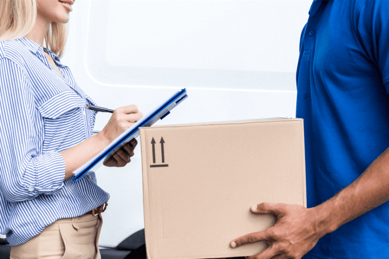 outsource parcel delivery