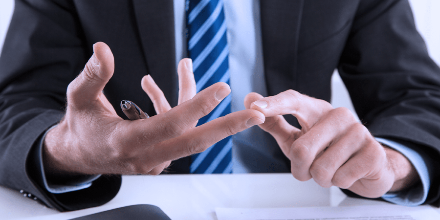 5 Things to Consider When Choosing the Right Court Reporter