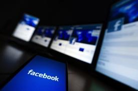 evitar reproducir vídeos AUTOMÁTICAMENTE en facebook con 3g