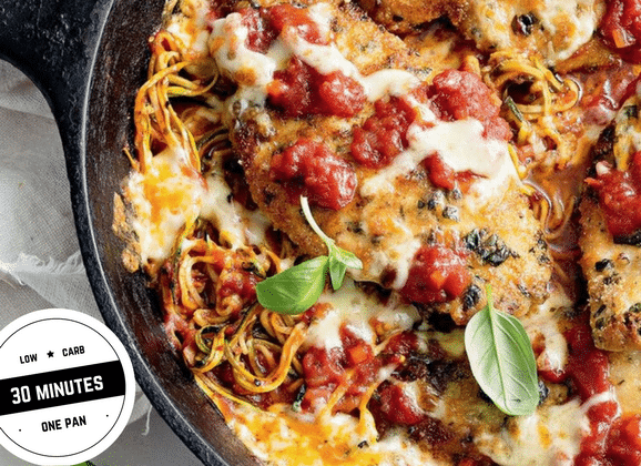 In need of some easy comfort food for dinner tonight? You will love this amazing one-pan recipe from Taste Magazine which takes only 30 minutes to cook. With only 9g of net carbs per serve, it's low-carb comfort heaven! FOLLOW us for more 30 Minute Recipes. PIN & CLICK through to get the recipe! Low-carb diet |ketogenic diet |keto diet |keto chicken skillet| low carb diet chicken|gluten free chicken recipe|Low carb dinner recipe|ketogenic recipe| #keto#lowcarbrecipes#ketorecipes#lowcarbdiet#chickenrecipe