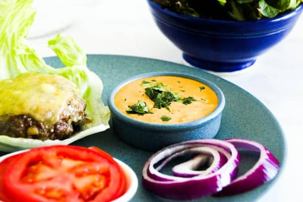 For the BEST bunless burger, look no further than our juicy, decadent, soul restoring Low-Carb Burger With Chipotle Mayo. 30 minutes & 9g of net carbs. Low-Carb burger recipe| bunless burgers| gluten-free burger|Atkins burger|keto burger|ketogenic diet burger |hamburger | quick burger recipe|how to make a bunless burger |chipotle mayo for burgers