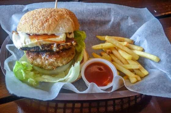 Baluarte Burger Php145