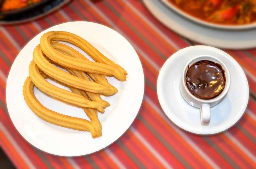 Churros Con Chocolate Php85