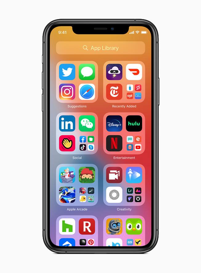 L'App Library visualizzata su iPhone 11 Pro.