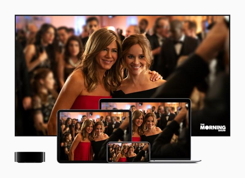"Apple TV junto a un televisor, iPad, iPhone y Mac que muestra ""The Morning Show""."