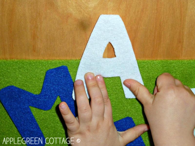felt letters DIY