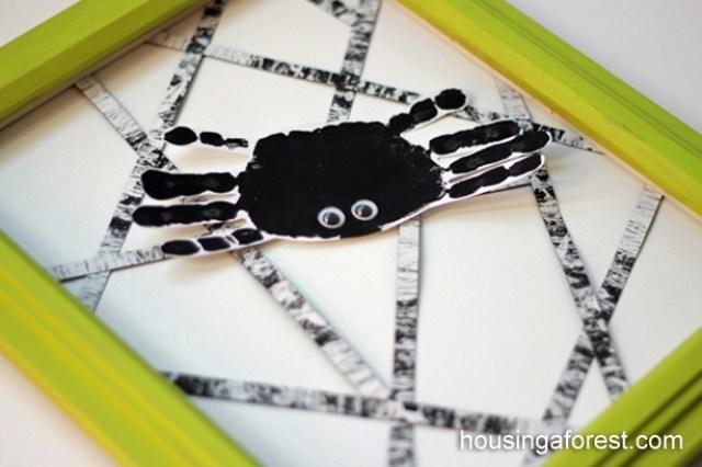 handprint spider - Halloween kids crafts