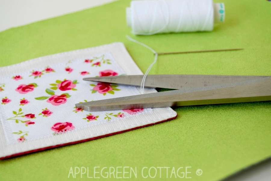 cutting thread ends with scissors