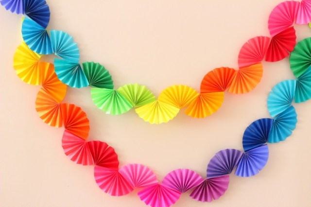 diy party decoration - paper folding