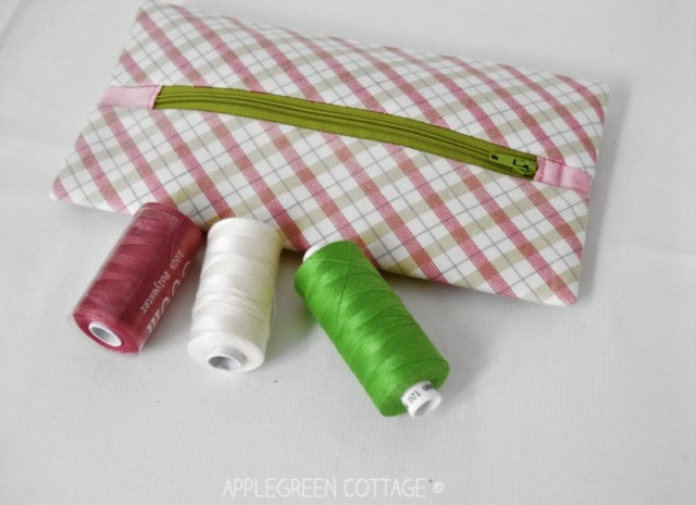 zipper pouch for sewing notions