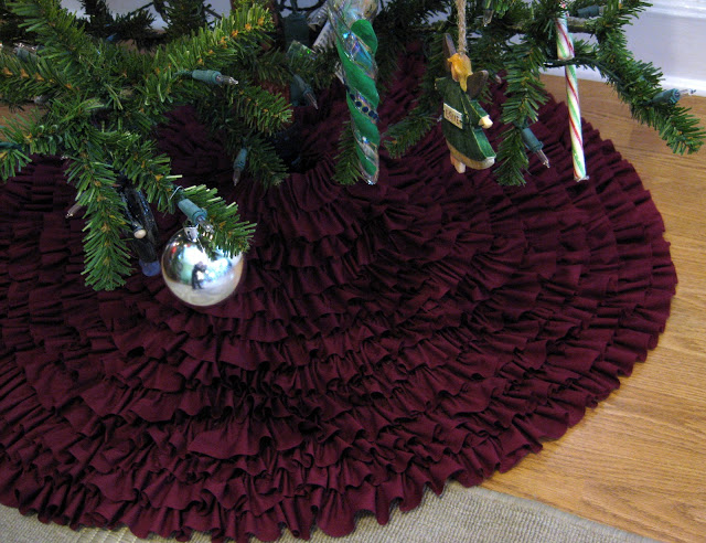 Christmas tree skirt project