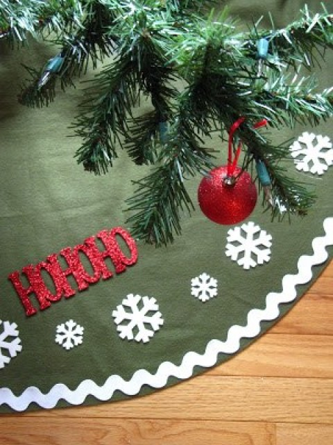 diy Christmas tree skirt