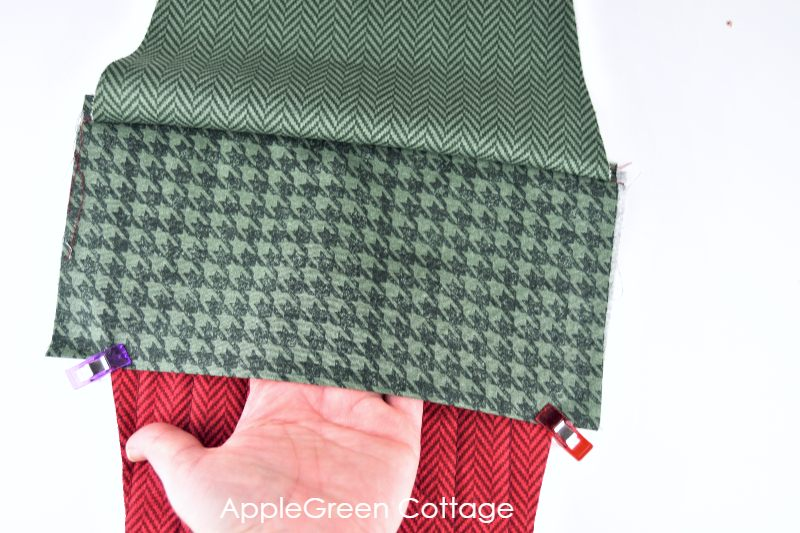 how to pin fabric for the stocking cuff