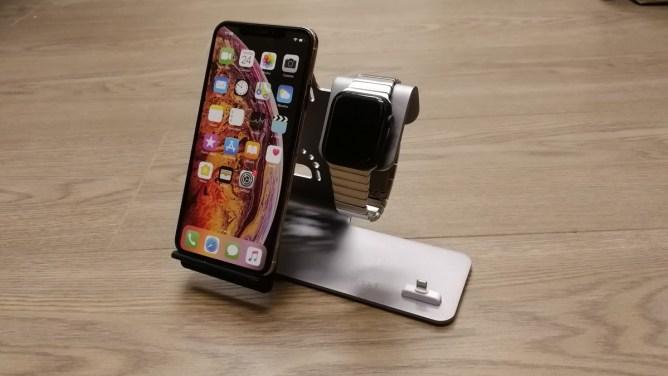 Nabíjecí stojánek pro iPhone, Apple Watch a AirPods