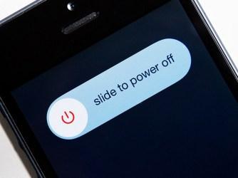 Hogyan kapcsolja ki az iPhone-t egy gomb nélkül az iPhone
