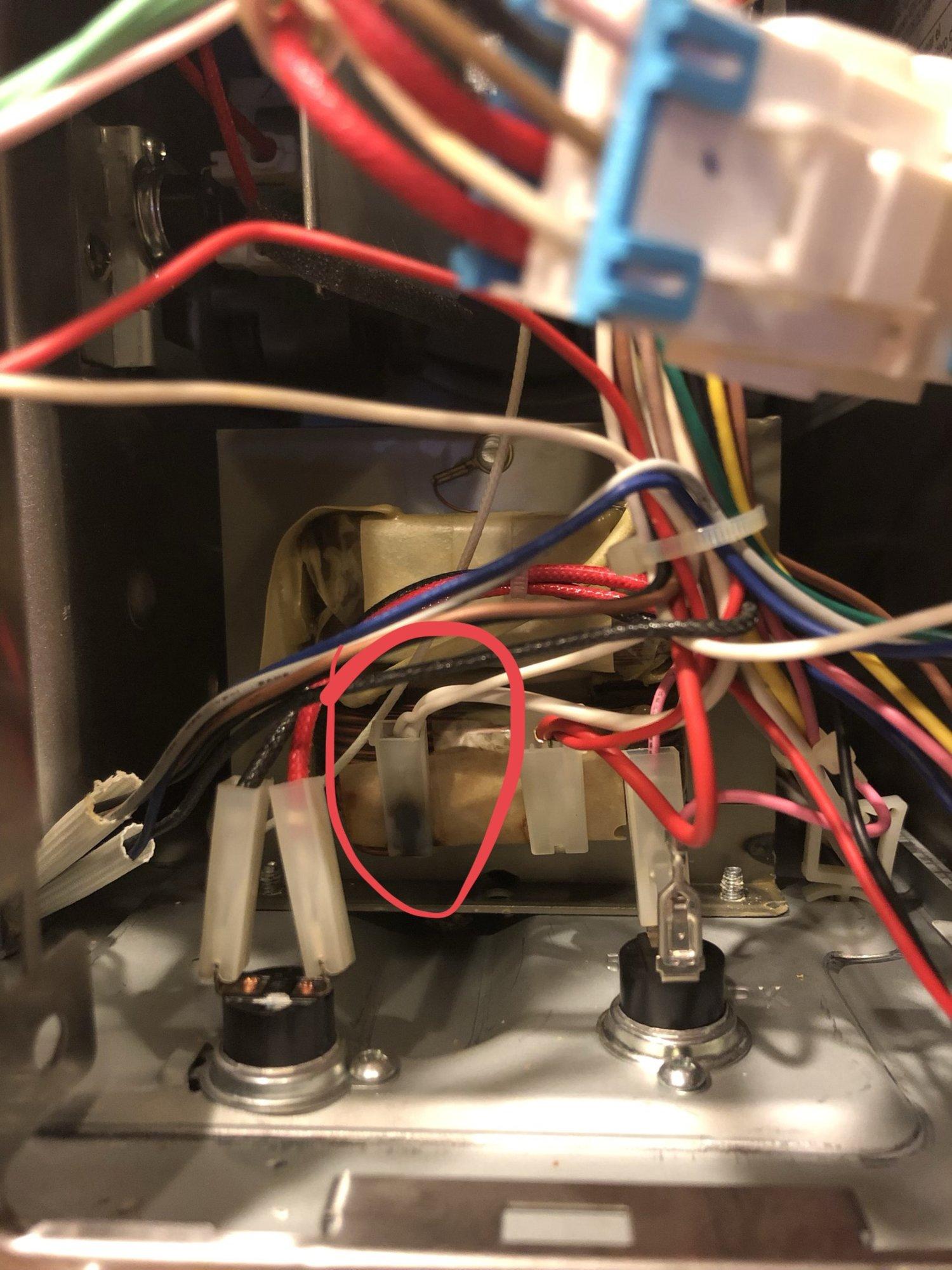 ge pvm9179sf1ss vent fan on top of