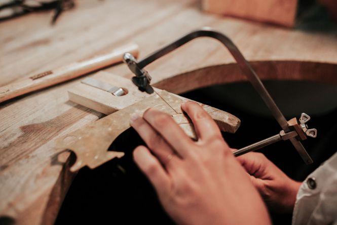 Apprendre la bijouterie - commencer à pratiquer avant même de se former