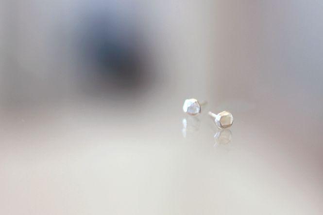 soudes des clous d'oreilles - apprendre à souder ses bijoux