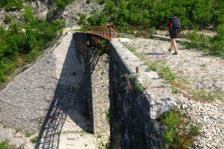 Pont, Ciro Trail