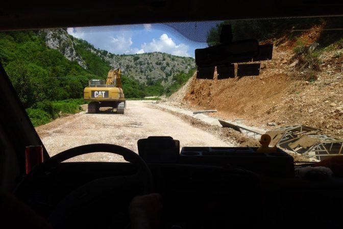 Autostop vers l'Albanie. L'autoroute s'arrête