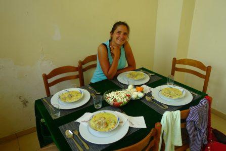 Hospitalité albanaise. Merci Anna !