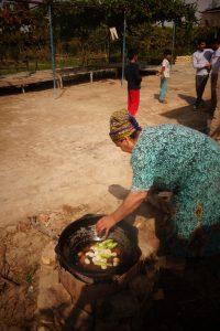 Préparation traditionnelle du riz Pilaf