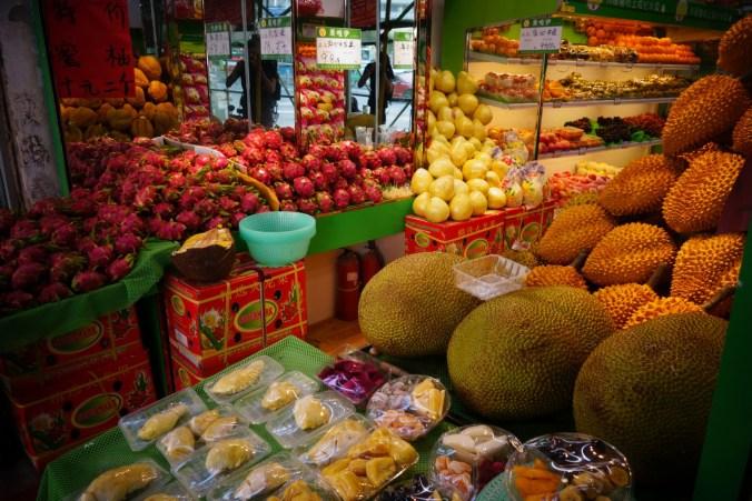Magasin de fruits - Dragon et Durian