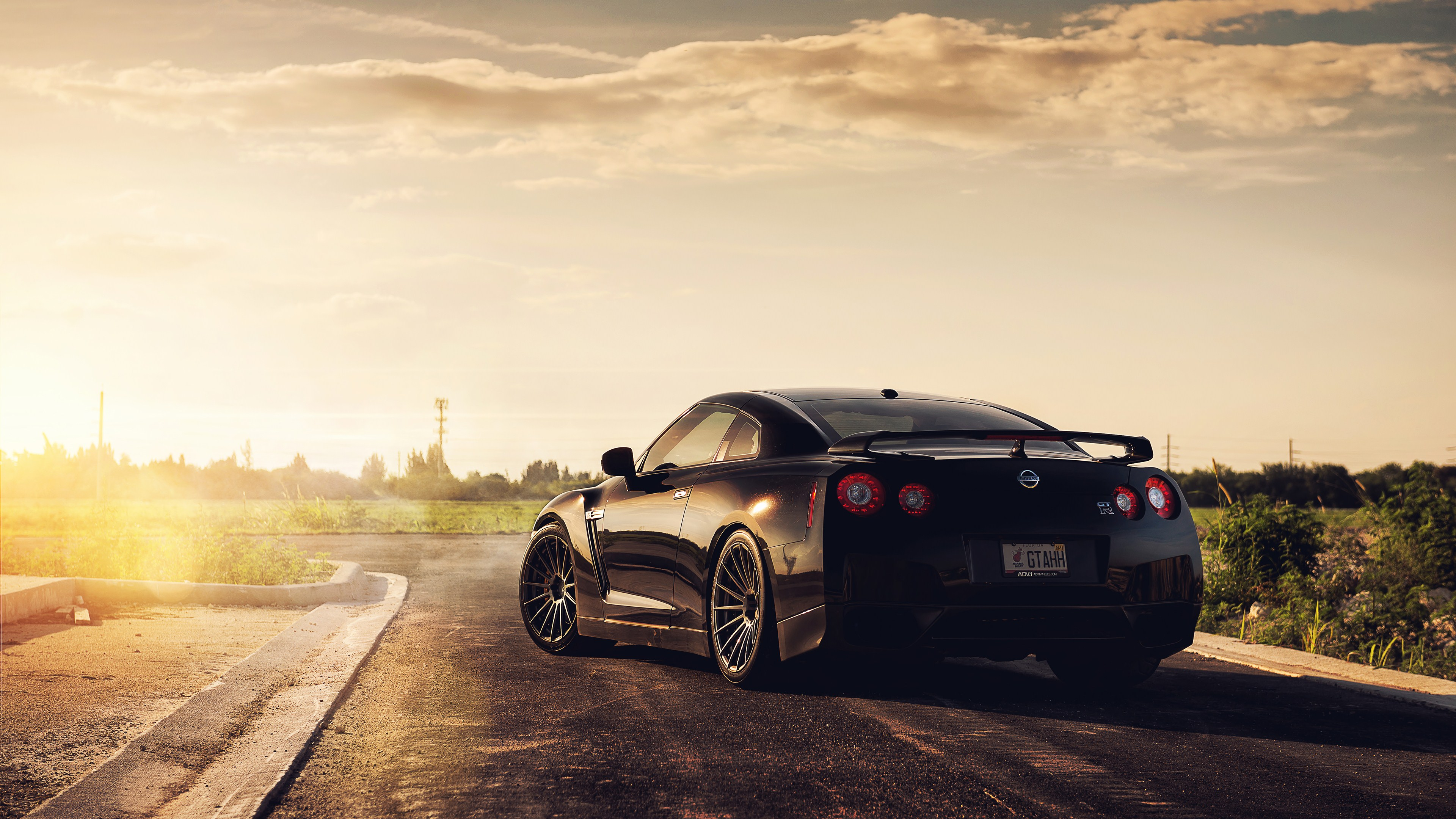 Top 5 Best 4K Ultra HD Super Cars Wallpapers for Windows ...