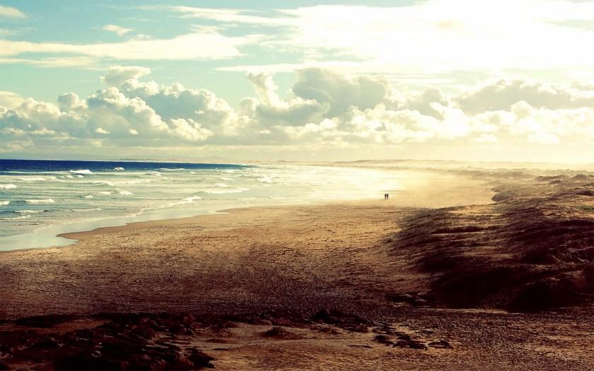 Download-Mountain-Sea-Sky-Desktop-Wallpapers-2