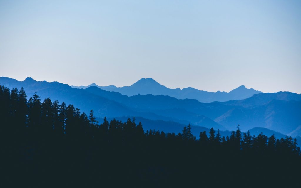 20-Awesome-Mountains-Wallpapers