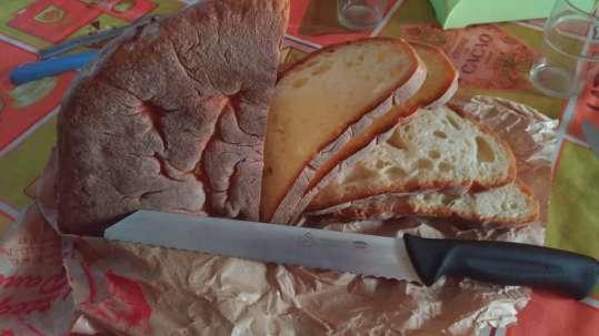 Premax: un coltello da pane e uno per il sushi