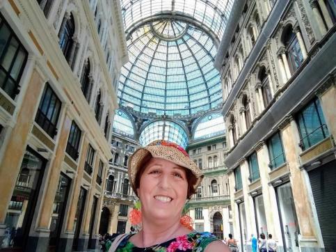 Galleria Umberto I regno degli sciuscià a Napoli