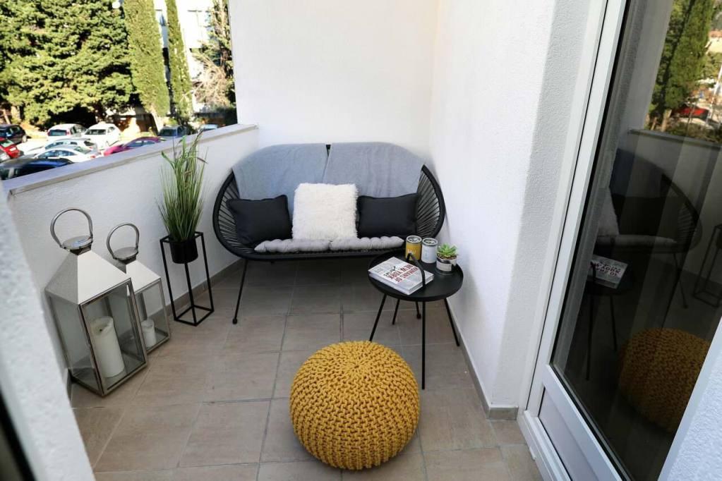 Balconi oasi di pace e relax, come arredarli?